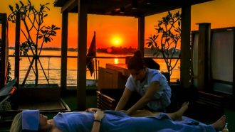 Aqua Mekong Sunset Massage